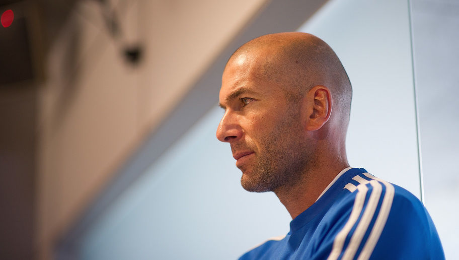 MADRID, SPAIN - SEPTEMBER 13:  Real Madrid's assistant coach Zinedine Zidane looks on after a team training session on September 13, 2013 in Madrid, Spain.  (Photo by Denis Doyle/Getty Images)