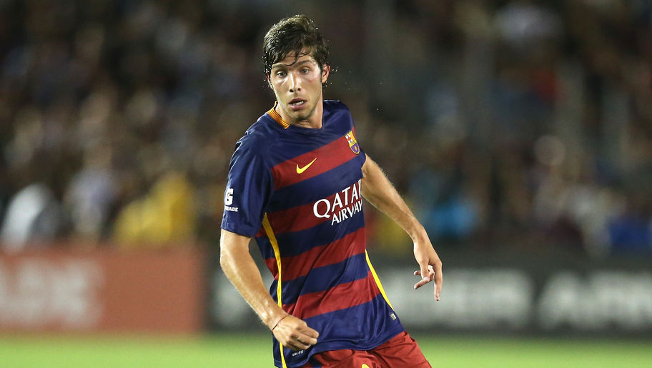 PASADENA, CA - JULY 21:  Sergi Roberto #20 of FC Barcelona in action against the Los Angeles Galaxy in the International Champions Cup 2015 at Rose Bowl on July 21, 2015 in Pasadena, California.  (Photo by Stephen Dunn/Getty Images)