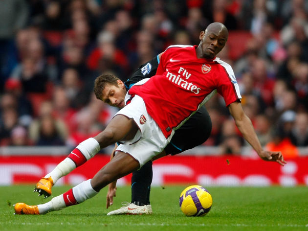 Abou Diaby,Stiliyan Petrov *** Local Caption *** Abou Diaby,Stiliyan Petrov