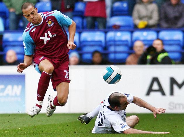 Bolton Wanderers' English midfielder Gav