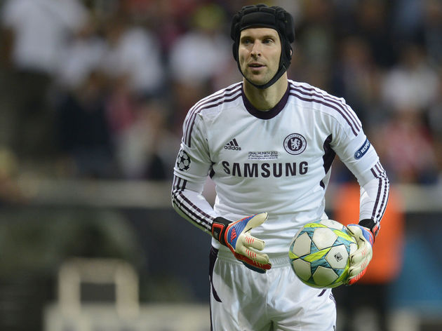 Chelsea's Czech goalkeeper Petr Cech is