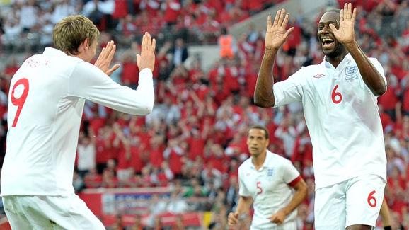 England's Ledley King (R) celebrates wit