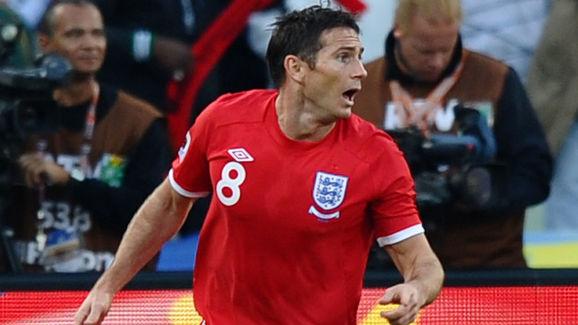 England's midfielder Frank Lampard react