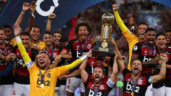 Everton Ribeiro,Diego Alves,Diego