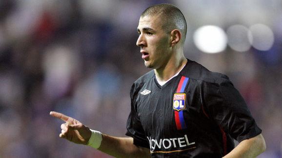 Karim Benzema of Lyon celebrates scoring