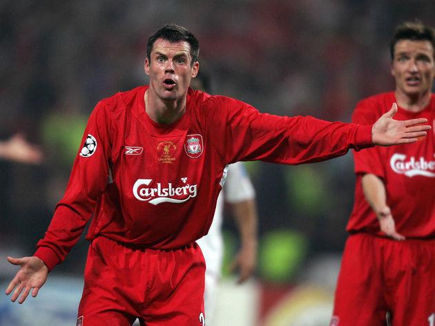 Liverpool's defender Jamie Carragher (L)