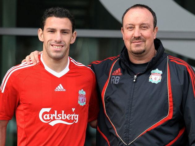 Liverpool 's Spanish manager Rafael Beni