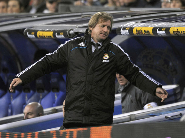 Real Madrid's German coach Bernd Schuste