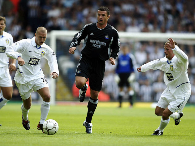 Seth Johnson of Leeds, Gary Speed of Newcastle and Jody Morris of Leeds in action