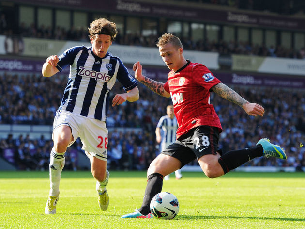 Billy Jones,Alexander Buttner