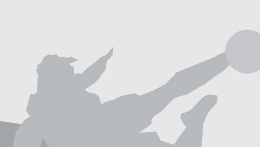 HANOVER, GERMANY - OCTOBER 03:  Viktor Skripnik, head coach of Bremen looks on before the Bundesliga match between Hannover 96 and Werder Bremen at HDI-Arena on October 3, 2015 in Hanover, Germany.  (Photo by Martin Rose/Bongarts/Getty Images)