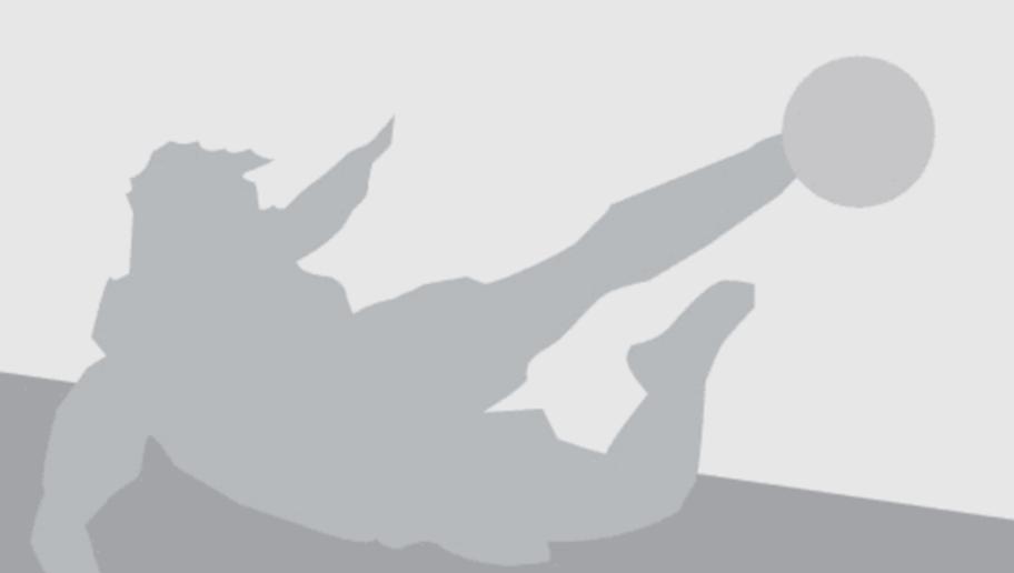 Paris Saint-Germain's Spanish head coach Unai Emery walks on the pitch prior to the UEFA Champions League Group A football match between Paris-Saint-Germain vs Arsenal FC, on September 13, 2016 at the Parc des Princes stadium in Paris