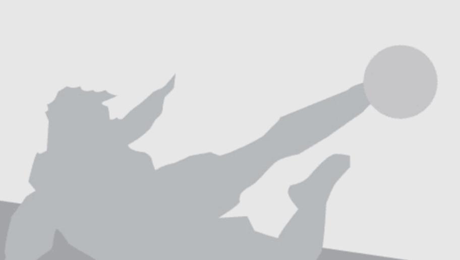 Chelsea's Belgian midfielder Eden Hazard runs  during the Champions League round of 16 first leg football match between Paris Saint-Germain (PSG) and Chelsea FC on February 16, 2016, at the Parc des Princes stadium in Paris. AFP PHOTO / KENZO TRIBOUILLARD / AFP / KENZO TRIBOUILLARD        (Photo credit should read KENZO TRIBOUILLARD/AFP/Getty Images)