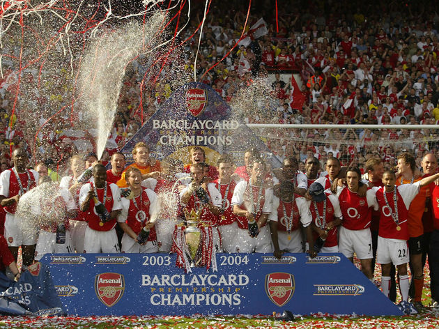 Arsenal celebrates winning the Premiersh