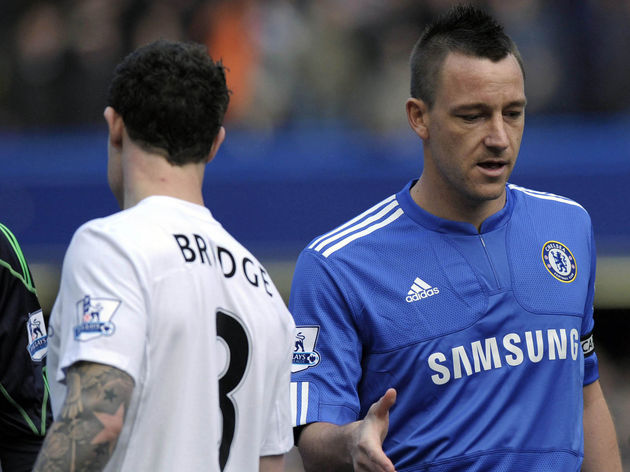 Chelsea's John Terry (R) fails to get a