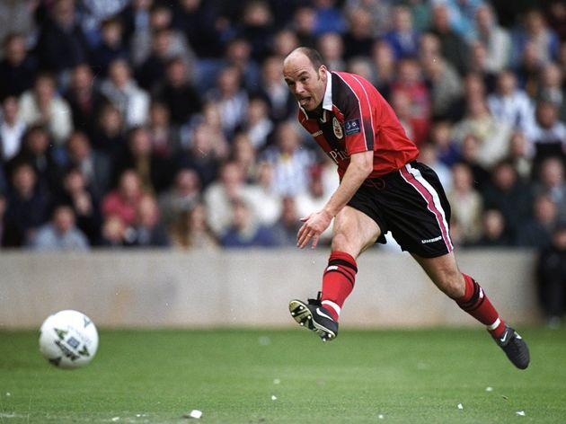 Steve Stone of Nottingham Forest